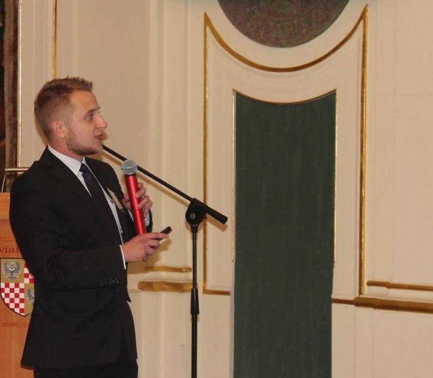 Na zdjęciu Michał Golubiński podczas prelekcji.